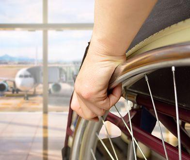Linie lotnicze United Airlines zaliczyły kolejną wpadkę - tym razem historia dotyczy zaniedbania niepełnosprawnej emerytki