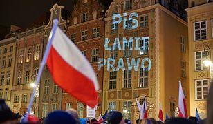Czołgi na ulicach Warszawy - czyli dlaczego w Polsce jest gorzej niż w Aleppo