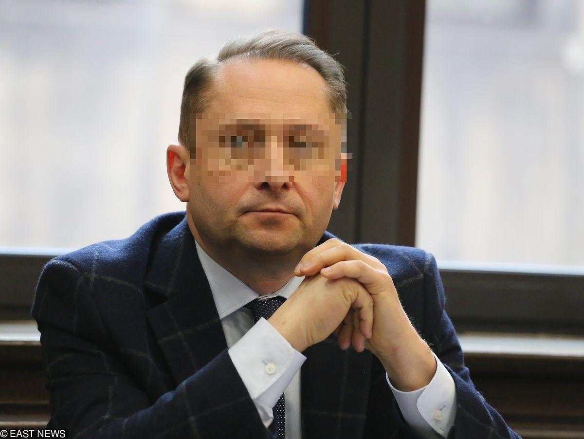 Kamil D. w sądzie. Znany dziennikarz spowodował kolizję pod wpływem alkoholu