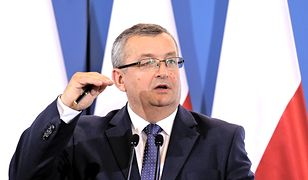 Andrzej Adamczyk jest działaczem politycznym