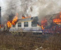 Wagony PKP w płomieniach. Możliwe podpalenie