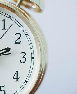 Zmiana czasu na zimowy 2021. Kiedy trzeba przestawić zegarki?
