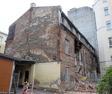 W czerwcu doszło do częściowego zawalenia się kamienicy na ul. Poznańskiej 21