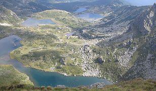 Siedem Rilskich Jezior w masywie Riła (Bułgaria) to typowy przykład jezior polodowcowych