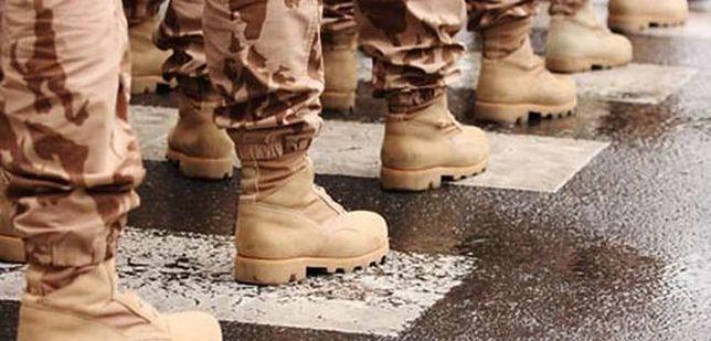 Studenci chcą do wojska