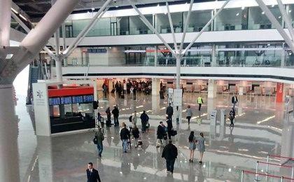 Nowy terminal na Okęciu. Lotnisko Chopina uruchomiło zmodernizowaną część