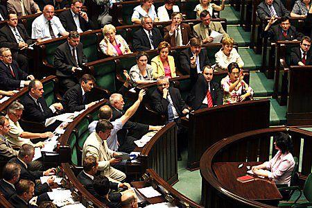 Spory o ordynację wyborczą, zmiany PiS przyjęte przez Sejm