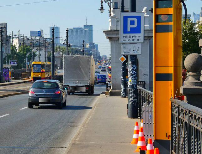 Warszawa. Fotoradary z mostu Poniatowskiego włączone do systemu nadzoru nad ruchem drogowym (Źródło: Agencja Gazeta, fot: Dariusz Borowicz)