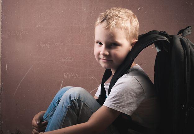 Ile waży tornister dziecka? Sanepid walczy o odpowiednie regulacje prawne