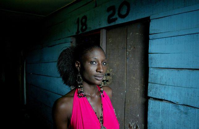 Senegal kusi Europejczyków. Stare prawo kolonialne pozwala na prostytucję