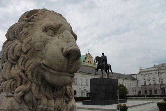 W południe protest przed Pałacem Prezydenckim