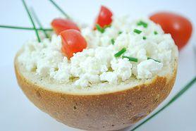 Serek wiejski – wartości odżywcze, kalorie, kiedy jeść, dodatki