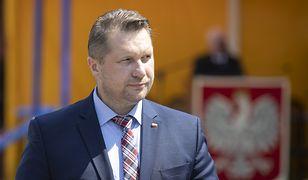 """Tablice ministerstw do kosza. Przemysław Czarnek obejmie """"nowy"""" resort"""