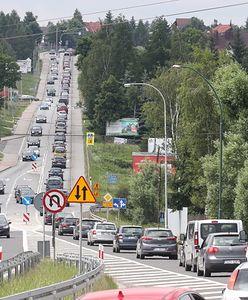 Karambol pięciu aut na Zakopiance. Są ranni
