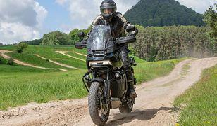 Harley-Davidson Pan America dołącza do gry. Sprawdzamy, jak mocne ma karty