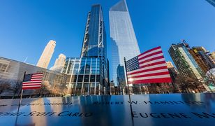 """Zamach z 11 września 2001 na World Trade Center. Lech Wałęsa wspomina wydarzenie jako """"jeden z najtragiczniejszych dni w historii ludzkości"""""""
