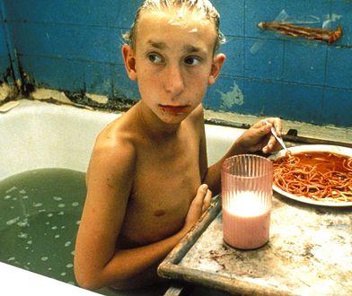 """Jak dziś wygląda """"najpaskudniejszy dzieciak świata""""? Od premiery filmu minęły 23 lata"""