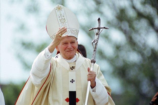 Jan Paweł II w czerwcu 1988 roku