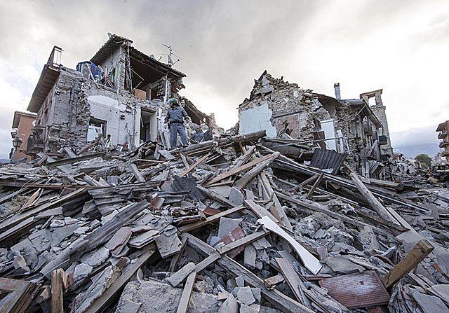 Tu trzęsienia ziemi powtarzają się z koszmarną regularnością