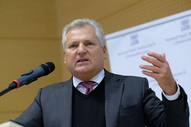 W 1997 r. podpisał Konstytucję. Teraz Aleksander Kwaśniewski się o nią martwi