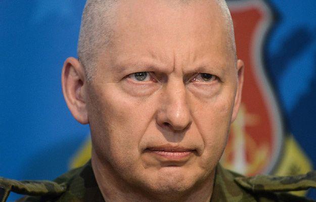 Gen. Różański: podczas jednej z męskich rozmów zadałem min. Macierewiczowi pytanie, czy mi ufa