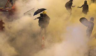 Hongkong. Policja użyła gazu łzawiącego do rozproszenia kilkuset manifestantów