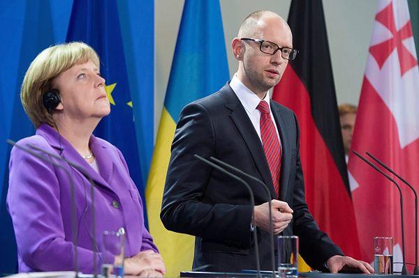 Angela Merkel i Arsenij Jaceniuk