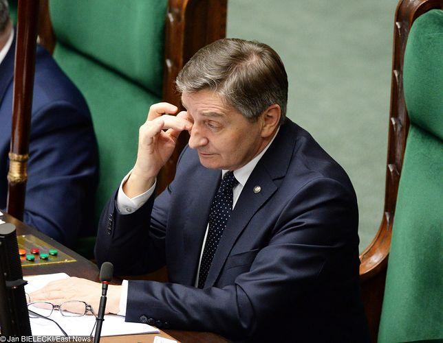 Marek Kuchciński dotrzymał słowa - wpłacił pieniądze na cele charytatywne