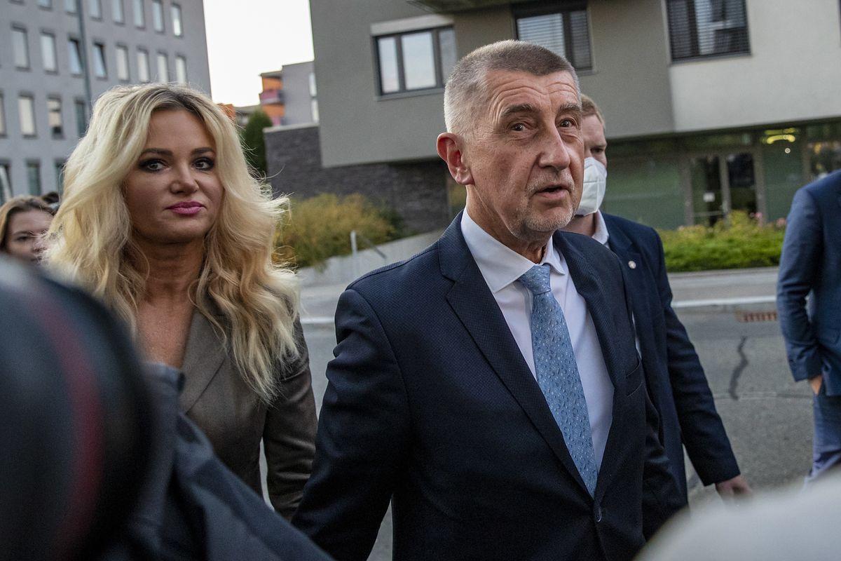 Wybory w Czechach. Premier Andrej Babisz najprawdopodobniej przegrał z koalicją SPOLU