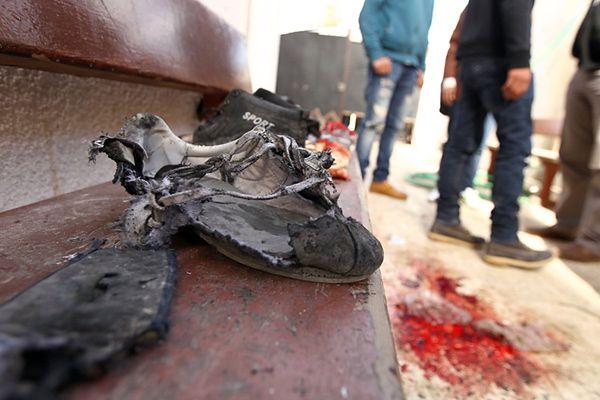 Miejsce zamachu w szkole w Bengazi