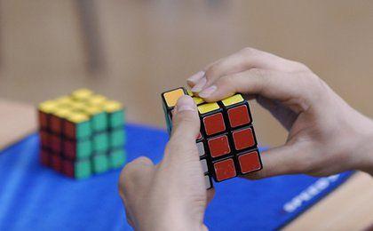 Kostka Rubika szkodzi zdrowiu. Robią ją z toksycznych tworzyw