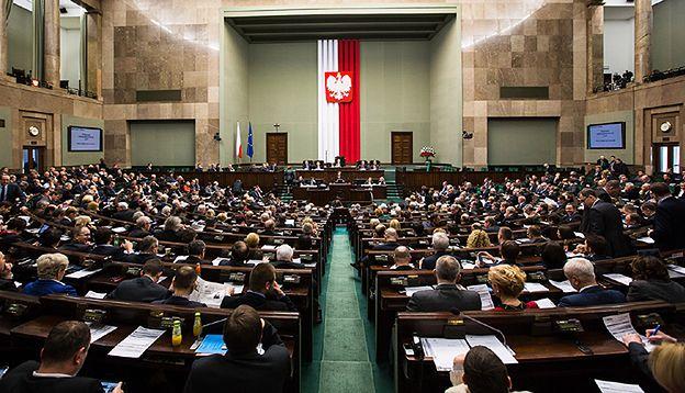 Sonda WP: ile partii powinno być w Sejmie