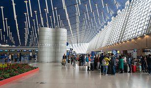 Zakażony jest pracownikiem szanghajskiego lotniska