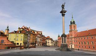 Koronawirus. Warszawa w geście wdzięczności podświetli Zamek na niebiesko/ foto ilustracyjne wyk. 2020-03-16