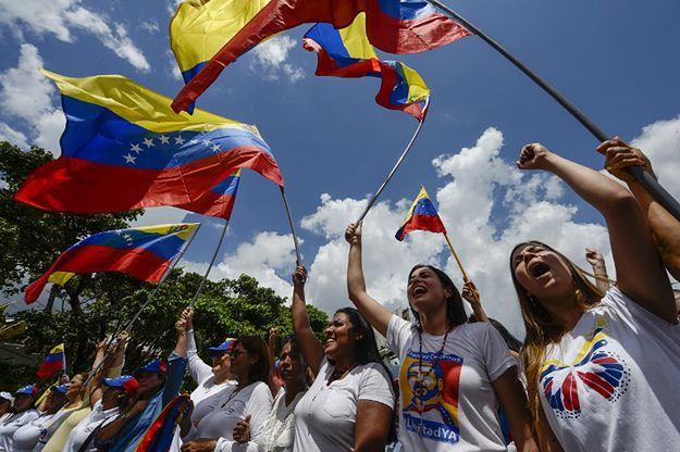Demonstracja kobiet przeciwko prezydentowi Maduro