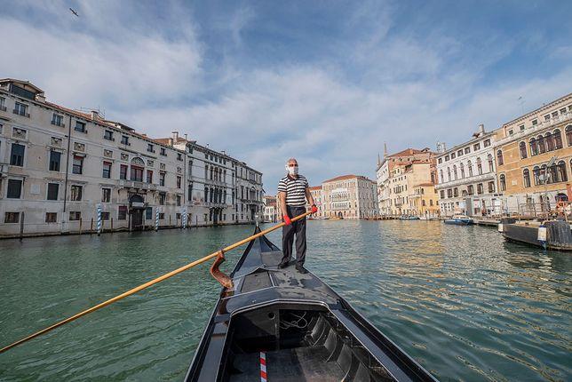 Od 18 maja można znowu przepłynąć się gondolą w Wenecji