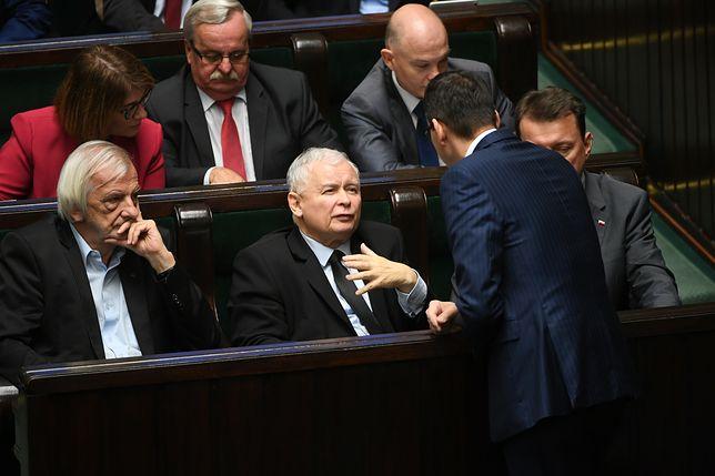 """""""The Times"""" znalazł winnego konfliktu z Polską. Mocne słowa"""