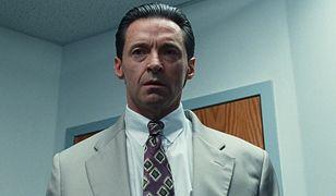 """W """"Złej edukacji"""" Hugh Jackman koncertowo wcielił się w skorumpowanego kuratora-socjopatę"""
