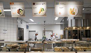 IKEA oprócz sprzedaży mebli, słynie także z serwowanych w sklepach potraw