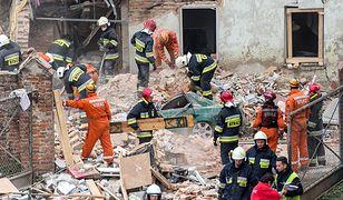 Tragedia w Świebodzicach. 5 ofiar śmiertelnych, jedna osoba poszukiwana