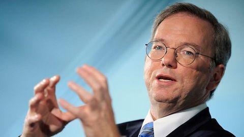 Eric Schmidt o IT w Europie: mniej regulacji, więcej ryzyka. W Google uważają inaczej