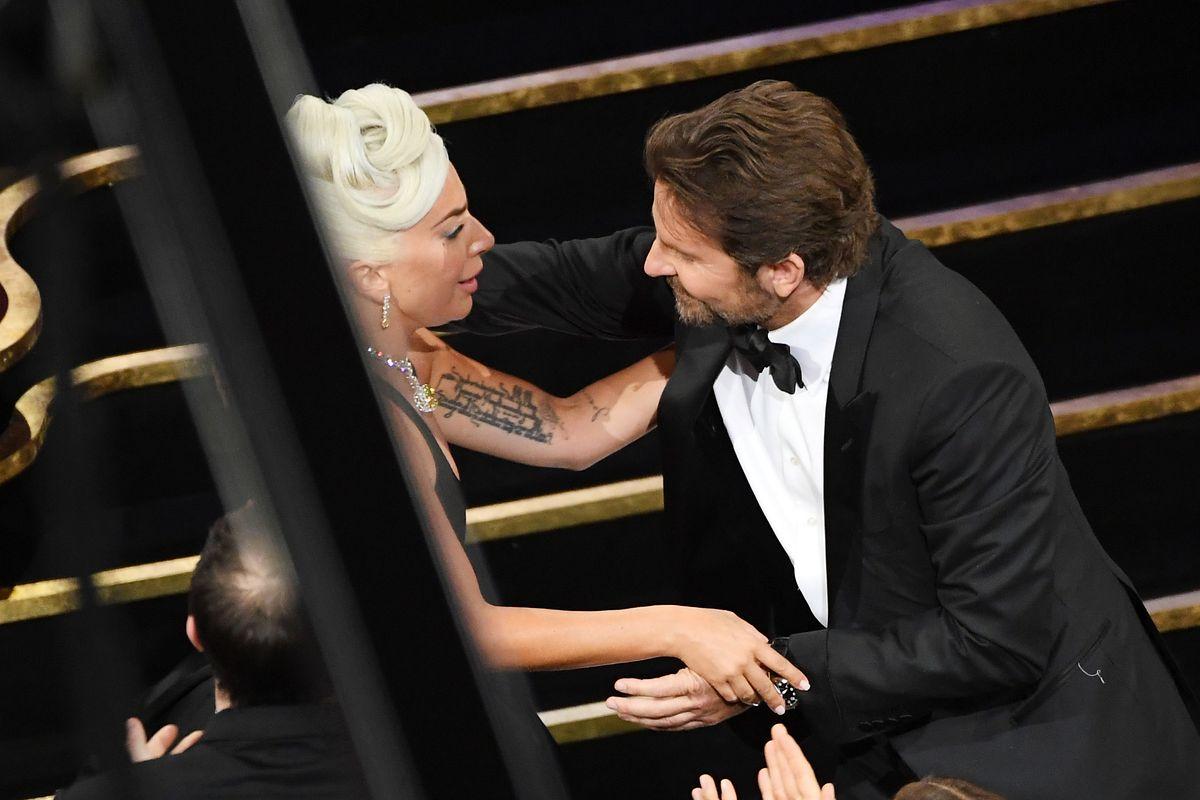 Bradley Cooper przestraszył się związku. Lady Gaga ma złamane serce