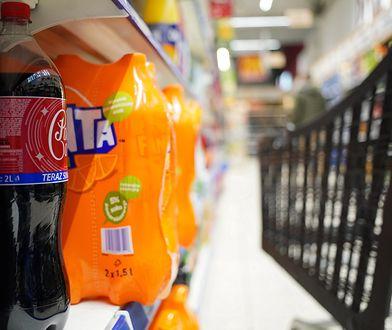 Podatek cukrowy. Wzrosty cen i spadek sprzedaży napojów gazowanych