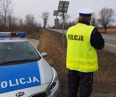 Warszawa. Kierowca ślepy i głuchy na sygnały policji. Uciekał, bo miał powody