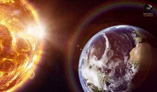 """Tajemniczy obiekt zdawał się """"śledzić Ziemię"""""""