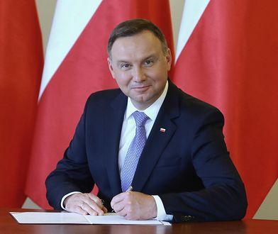"""Emerytura plus. Andrzej Duda podpisze ustawę. Eksperci: """"PiS upokarza prezydenta"""""""
