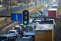 Rekordowy rok sprzedaży aut w Polsce. Blisko pół miliona nowych aut