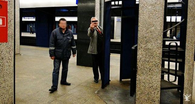 Zwolniono kolejarza, który obsikał dworzec!