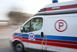 Warszawa. 39-latek zaatakował ratowników i zniszczył ambulans