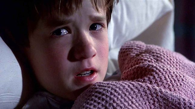 """Haley Joel Osment w filmie """"Szósty zmysł"""""""
